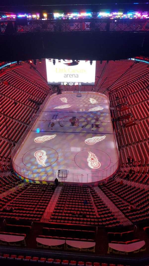 Little Caesars Arena, secção: 301, fila: 1A, lugar: 31