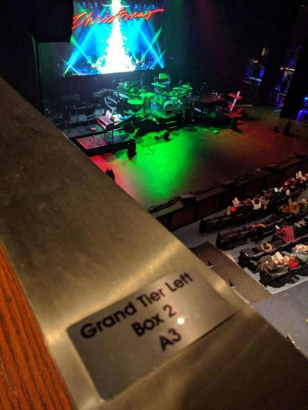 Civic Center Music Hall, secção: Grand Tier, fila: Box 2, lugar: A3