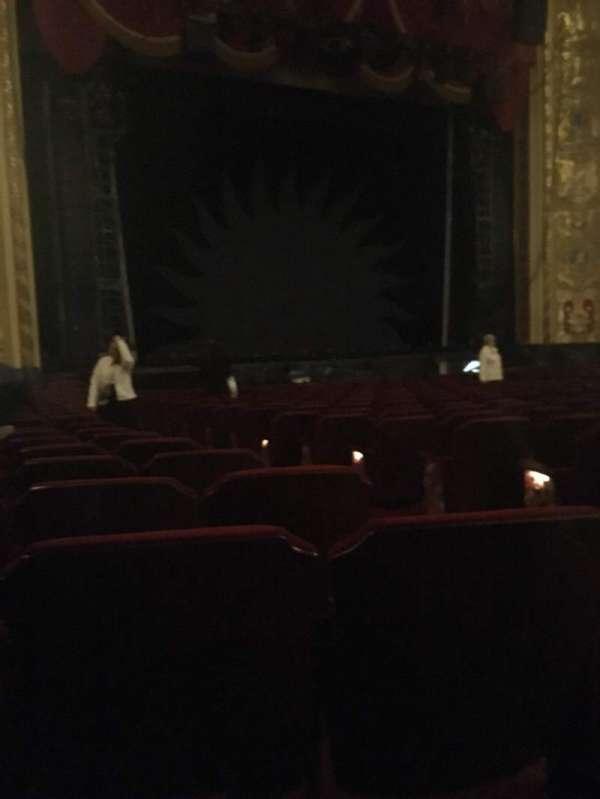 Providence Performing Arts Center, secção: Orchestra Left, fila: U, lugar: 5
