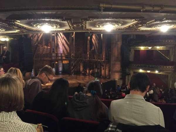 CIBC Theatre, secção: Dress Circle L, fila: C, lugar: 3