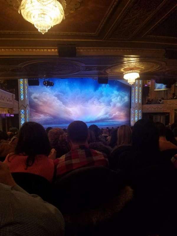 Eugene O'Neill Theatre, secção: Orchestra L, fila: T, lugar: 11