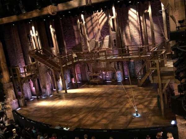 Richard Rodgers Theatre, secção: Front Mezzanine R, fila: A