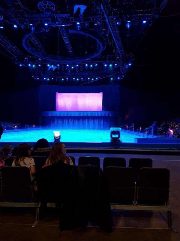 The O2 Arena, secção: D2, fila: B, lugar: 37