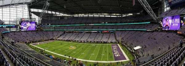 U.S. Bank Stadium, secção: 230, fila: 8, lugar: 23-24