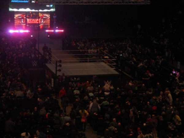 Nassau Veterans Memorial Coliseum, secção: 215, fila: 4, lugar: 2