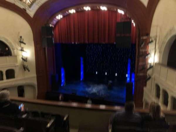 Moore Theatre, secção: BCR, fila: E, lugar: 1
