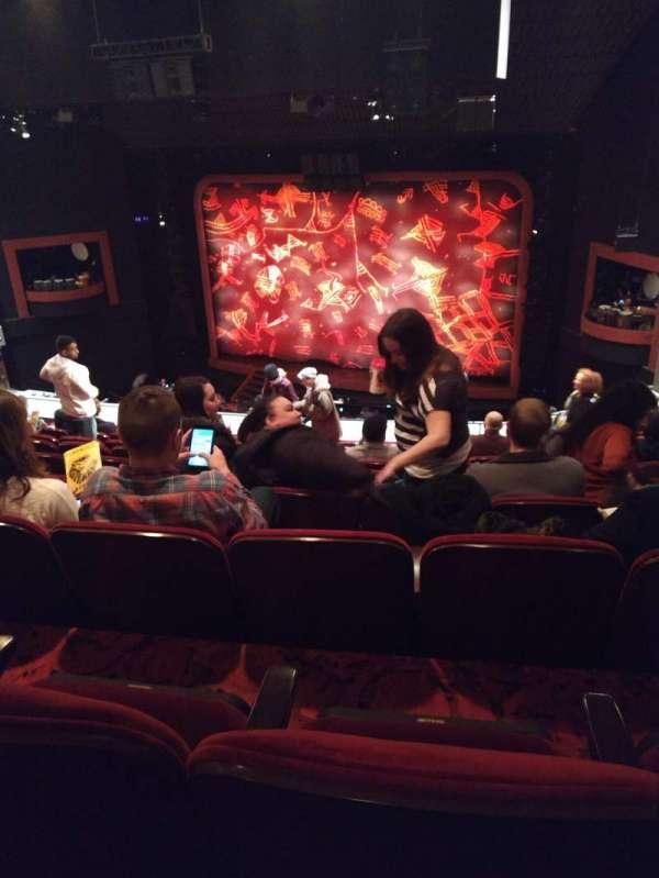 Minskoff Theatre, secção: Mezzanine, fila: J, lugar: 147
