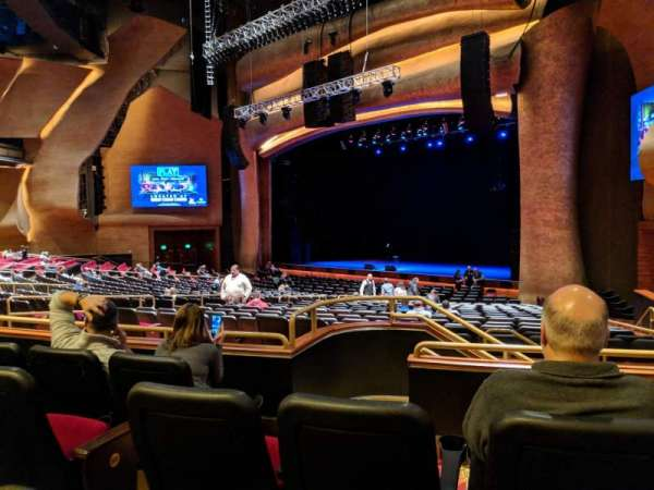 The Grand Theater at Foxwoods, secção: Parterre Right, fila: DD, lugar: 28
