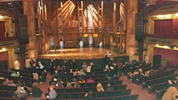 CIBC Theatre, secção: Dress Circle C, fila: A, lugar: 204-206