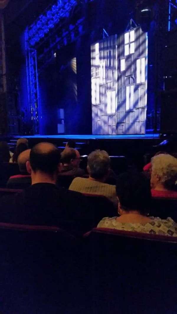 Providence Performing Arts Center, secção: Right Orchestra, fila: J, lugar: 10