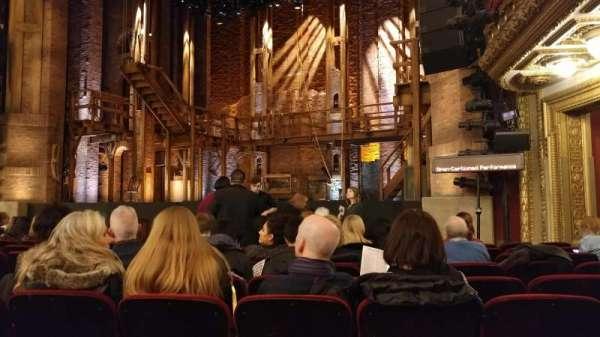 CIBC Theatre, secção: Orchestra R, fila: L, lugar: 14