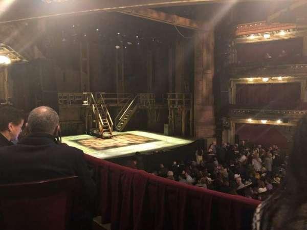 CIBC Theatre, secção: Dress Circle L, fila: B, lugar: 11