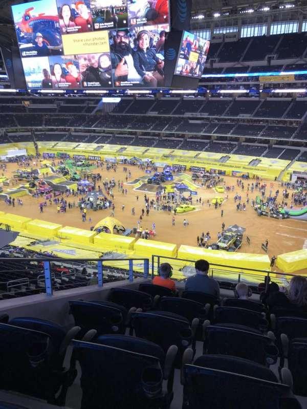 AT&T Stadium, secção: 305, fila: 16, lugar: 15