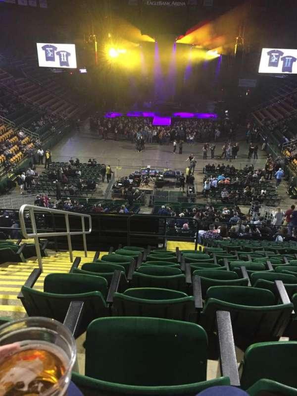 EagleBank Arena, secção: 108, fila: T, lugar: 15
