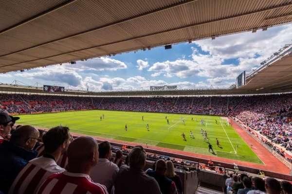 St Mary's Stadium, secção: 3, fila: 25