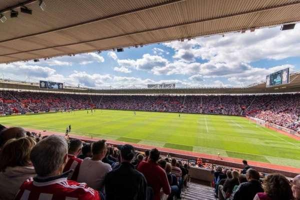 St Mary's Stadium, secção: 5, fila: 25