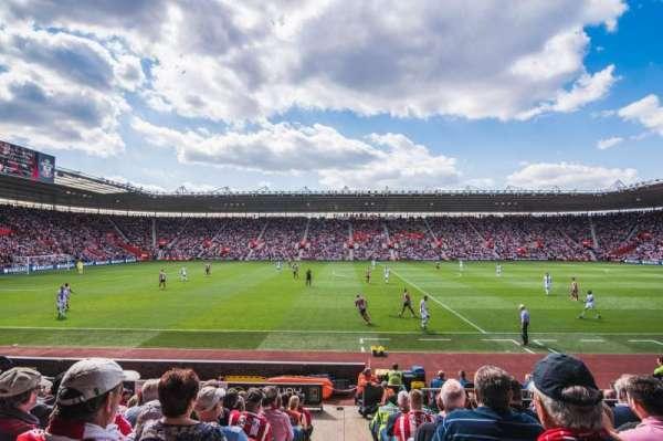 St Mary's Stadium, secção: 8