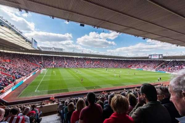 St Mary's Stadium, secção: 11