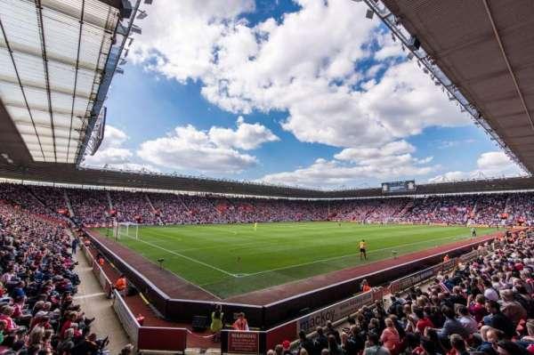 St Mary's Stadium, secção: 13