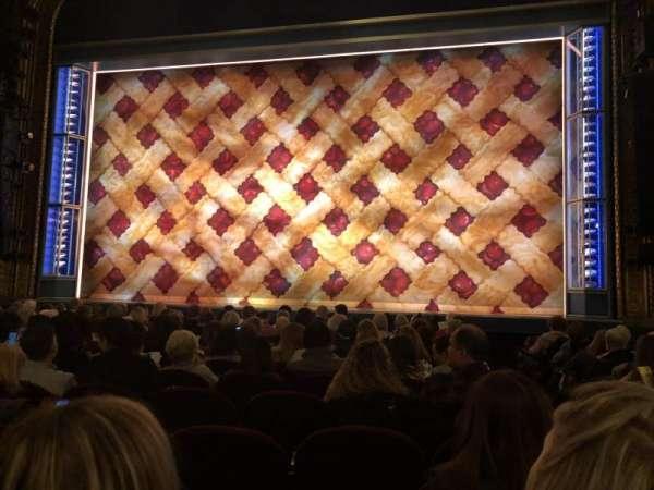 Brooks Atkinson Theatre, secção: Orchestra C, fila: K, lugar: 113