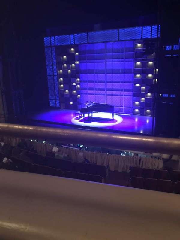 Shubert Theater (New Haven) , secção: Mezzazine, fila: A, lugar: 8