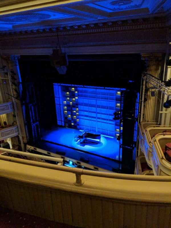 Shubert Theater (New Haven) , secção: Balcony, fila: B, lugar: 16
