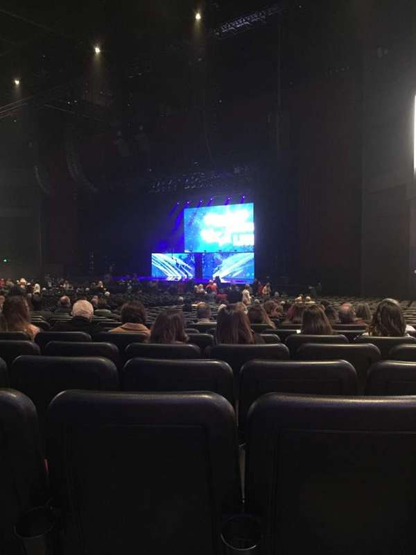 Microsoft Theater, secção: Orchestra Right, fila: KK, lugar: 111