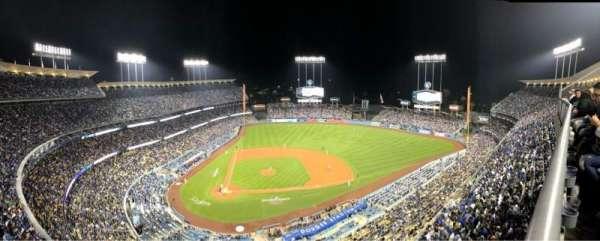 Dodger Stadium, secção: 12TD, fila: A, lugar: 2