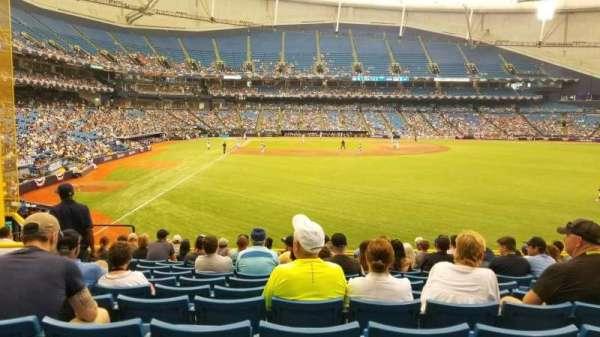 Tropicana Field, secção: 142, fila: FF, lugar: 8