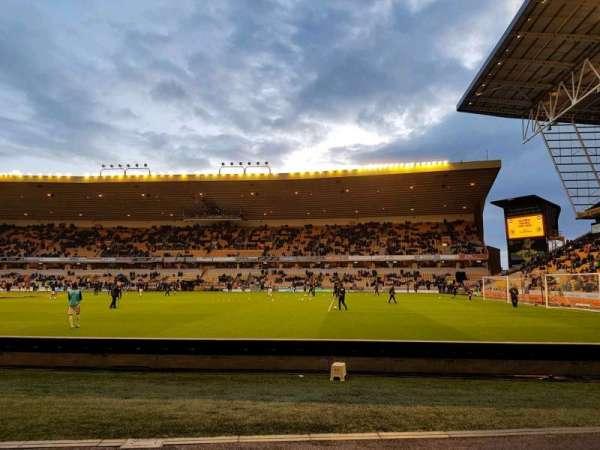 Molineux Stadium, secção: jl3, fila: b, lugar: 70