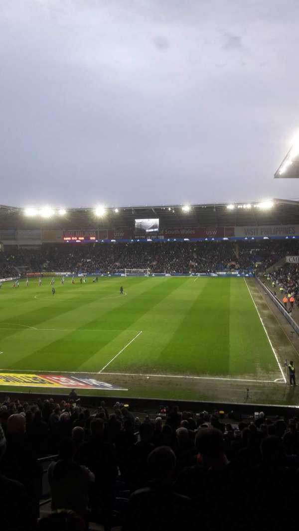 Cardiff City Stadium, secção: 122, fila: CC, lugar: 128