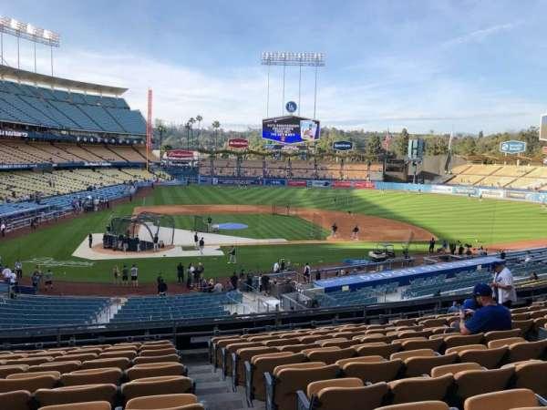 Dodger Stadium, secção: 120LG, fila: K, lugar: 4-7