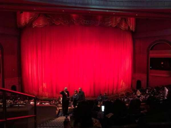 O Theatre, secção: 203, fila: V, lugar: 1