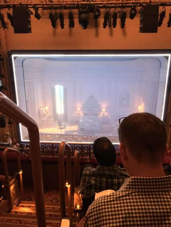 John Golden Theatre, secção: Front Mezzanine, fila: D, lugar: 102