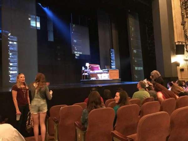 Music Box Theatre, secção: Orchestra L, fila: F, lugar: 1