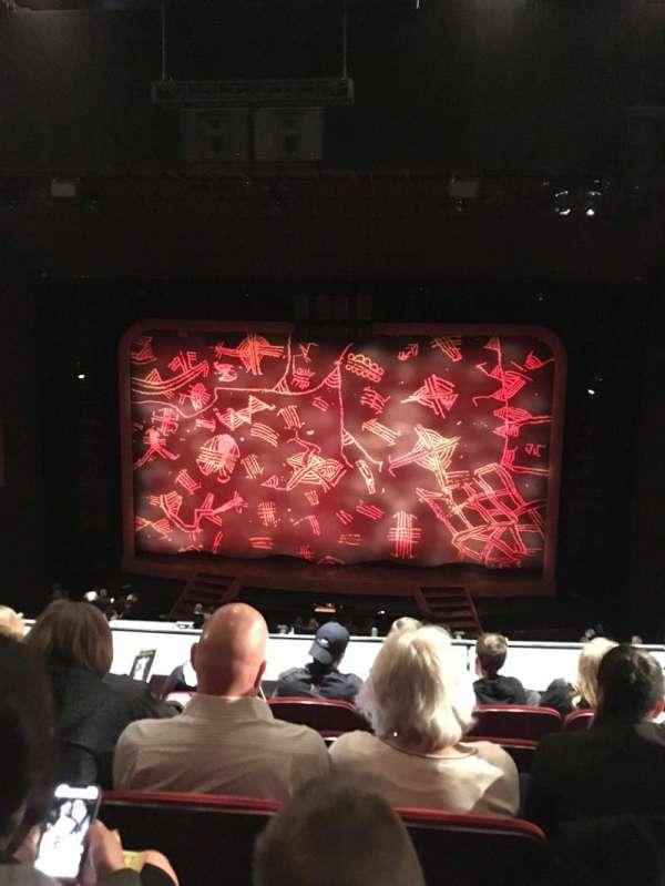 Minskoff Theatre, secção: Mezzanine, fila: E, lugar: 126