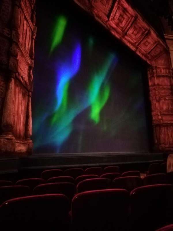 St. James Theatre, secção: ORCHL, fila: E, lugar: 18