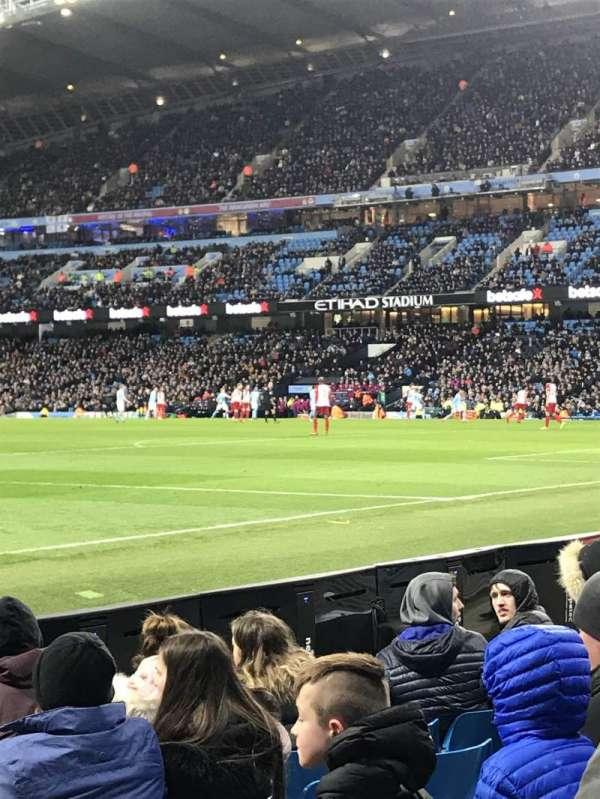 Etihad Stadium (Manchester), secção: East, fila: 140