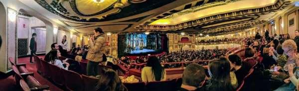 Cadillac Palace Theater, secção: Dress Circle L, fila: NN, lugar: 15