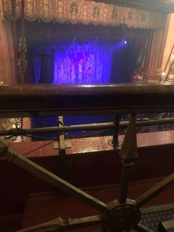 Beacon Theatre, secção: Lower Balcony C, fila: B, lugar: 45
