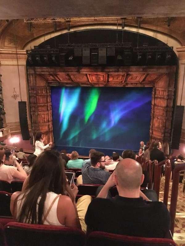 St. James Theatre, secção: Mezzanine C, fila: O, lugar: 101