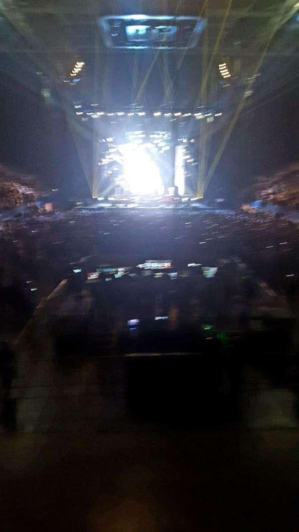 Rupp Arena, secção: 23, fila: L, lugar: 1