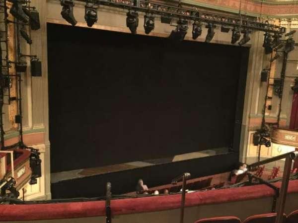Neil Simon Theatre, secção: Front Mezzanine L, fila: D, lugar: 1