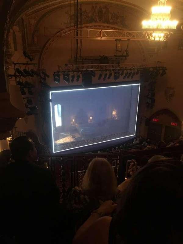 John Golden Theatre, secção: Rear Mezz, fila: F, lugar: 131