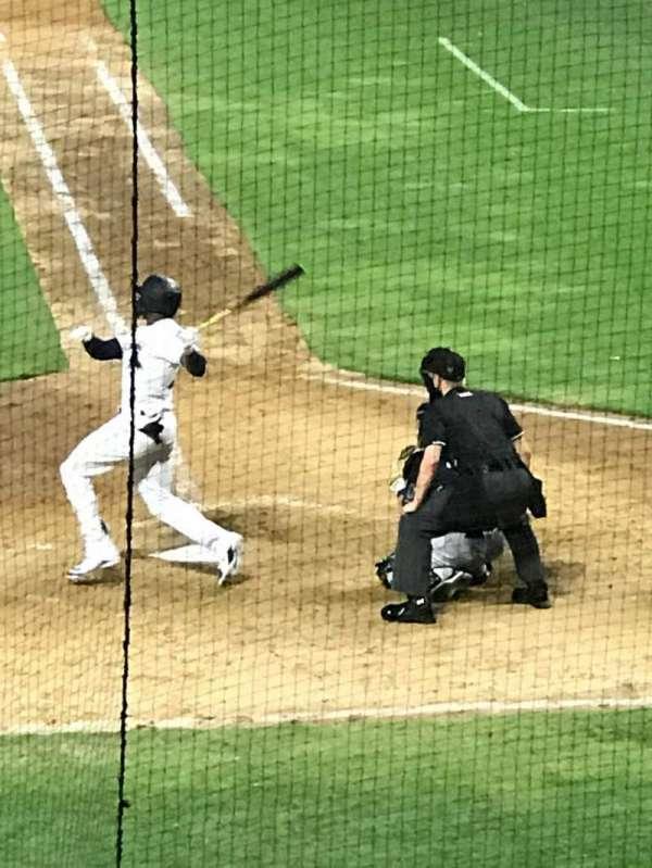 Baseball Grounds of Jacksonville, secção: 105, fila: W, lugar: 1