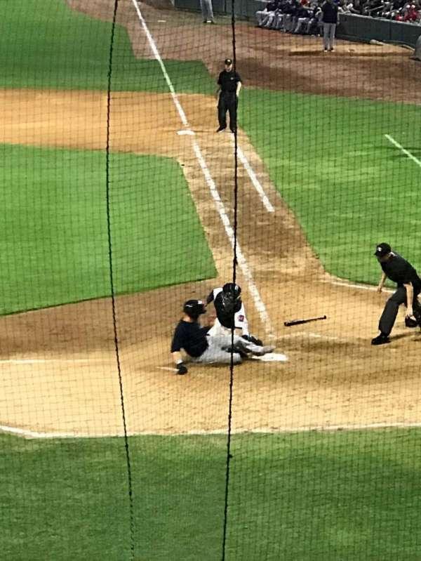 Baseball Grounds of Jacksonville, secção: 105, fila: V, lugar: 1