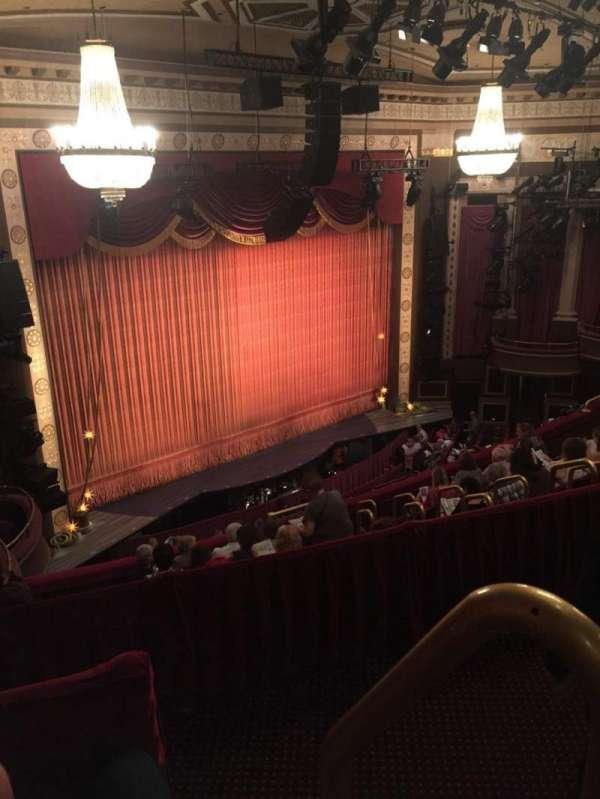 Imperial Theatre, secção: Rear Mezzanine 5, fila: B, lugar: 2