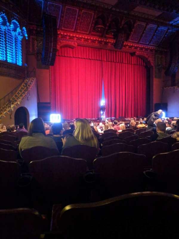 Fox Performing Arts Center, secção: Orchestra, fila: AC, lugar: 21