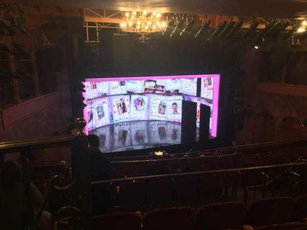 August Wilson Theatre, secção: Mezzanine L, fila: L, lugar: 13