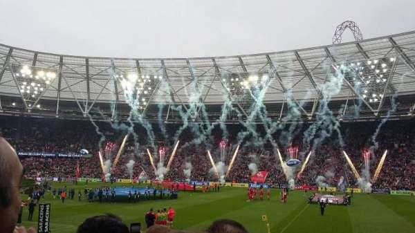 London Stadium, secção: 111, fila: 14, lugar: 225